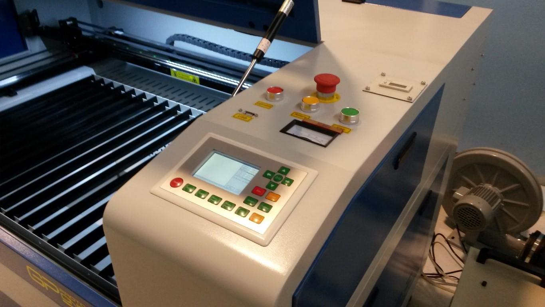 Macchina taglio e incisione LASER 9060 90 W